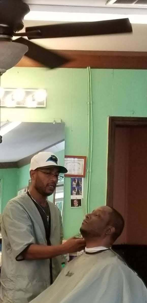 Cut N Surf Barber Shop - hair care  | Photo 3 of 3 | Address: 2908 Liberty Rd, Greensboro, NC 27406, USA | Phone: (336) 617-7665