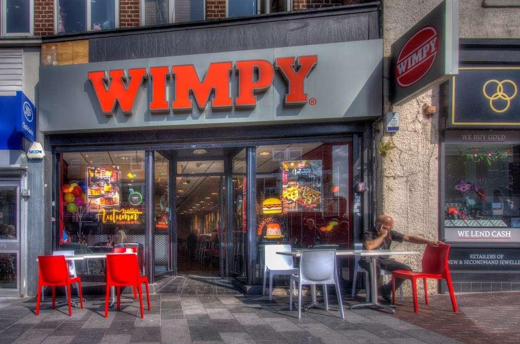 Wimpy - restaurant  | Photo 3 of 10 | Address: 95 High St, Eltham, London SE9 1TD, UK | Phone: 020 8850 8801