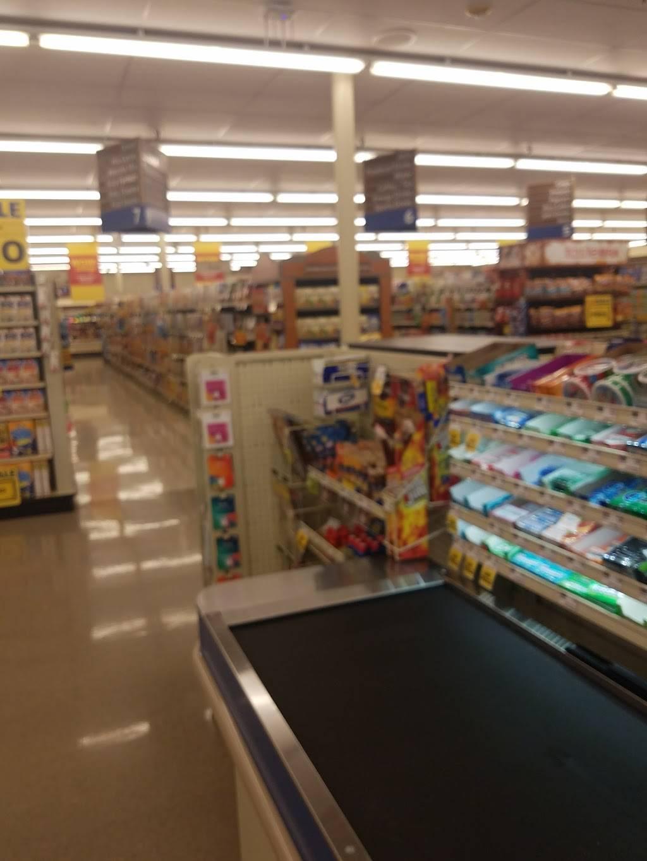 Food Lion - store  | Photo 6 of 8 | Address: 4826 Country Club Rd, Winston-Salem, NC 27104, USA | Phone: (336) 760-2471