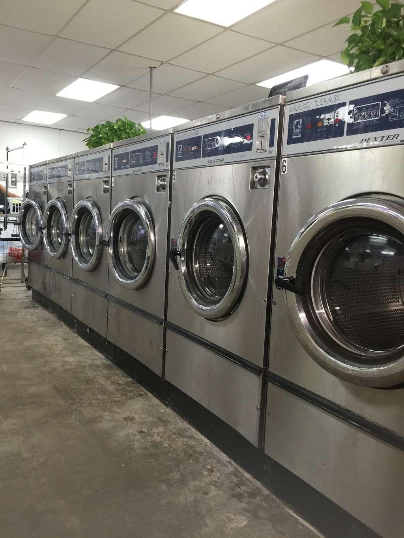 Clean Team Washateria - laundry    Photo 2 of 5   Address: 501 1/2, El Dorado Blvd B, Webster, TX 77598, USA   Phone: (281) 488-2062