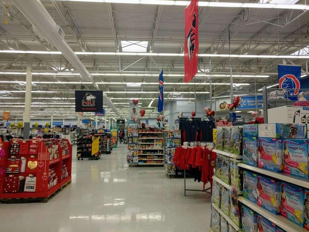 Walmart Supercenter - department store  | Photo 3 of 10 | Address: 2300 Sycamore Rd, DeKalb, IL 60115, USA | Phone: (815) 758-6225