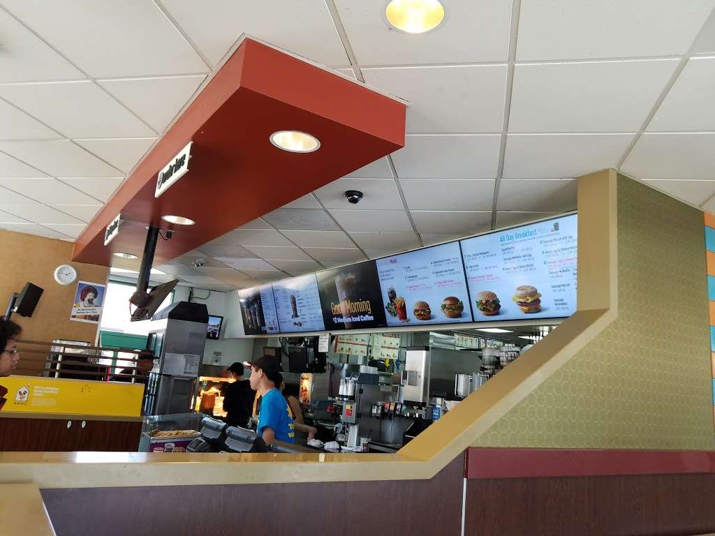 McDonalds - cafe  | Photo 2 of 10 | Address: 5508 Monterey Rd, San Jose, CA 95138, USA | Phone: (408) 363-0759