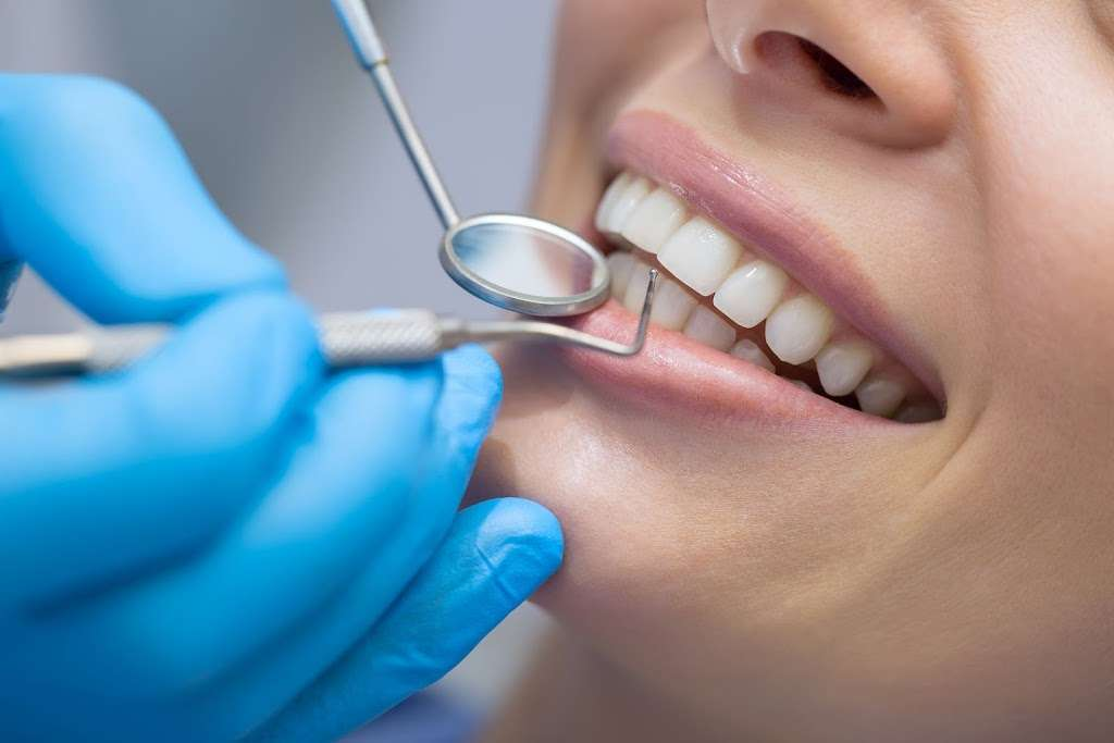 Conway Dental Associates: Conway Stephen D DDS - dentist  | Photo 1 of 2 | Address: 1104 US-130 Suite A, Cinnaminson, NJ 08077, USA | Phone: (609) 877-1330