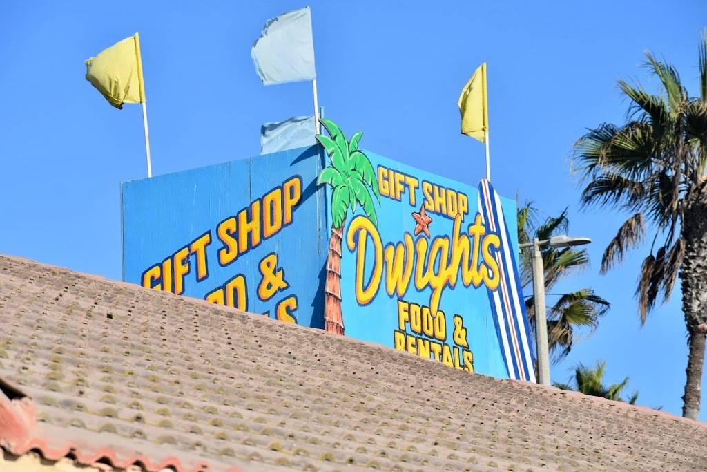 Dwights Beach Concession - restaurant  | Photo 8 of 9 | Address: 201 Pacific Coast Hwy One Block South of the, On the Boardwalk, Huntington Beach Pier, Huntington Beach, CA 92648, USA | Phone: (714) 536-8083