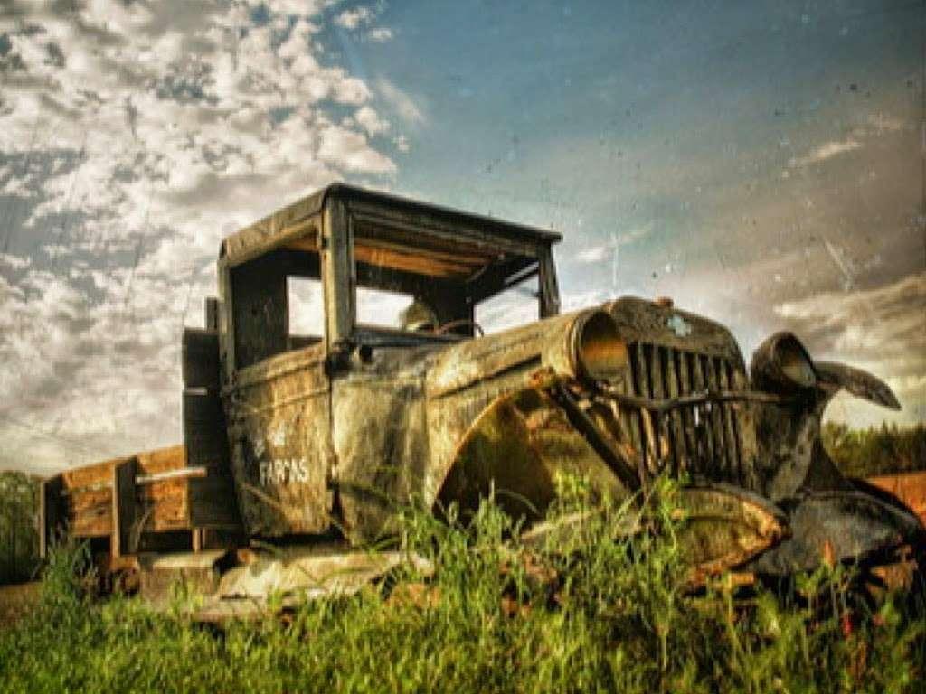 Hudson Oil Coating, LLC. Oil Undercoating in Hudson NH - car repair  | Photo 2 of 5 | Address: 8 State St, Hudson, NH 03051, USA | Phone: (603) 438-9407