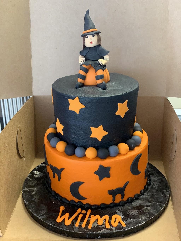 Artistry On Cakes - bakery  | Photo 2 of 4 | Address: 507 Sherman St, Belleville, IL 62221, USA | Phone: (618) 355-0000