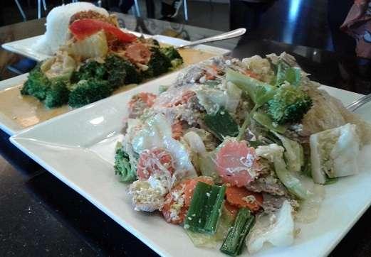 Thai House Express - restaurant  | Photo 7 of 10 | Address: 2166 S Atlantic Blvd, Monterey Park, CA 91754, USA | Phone: (323) 726-2340