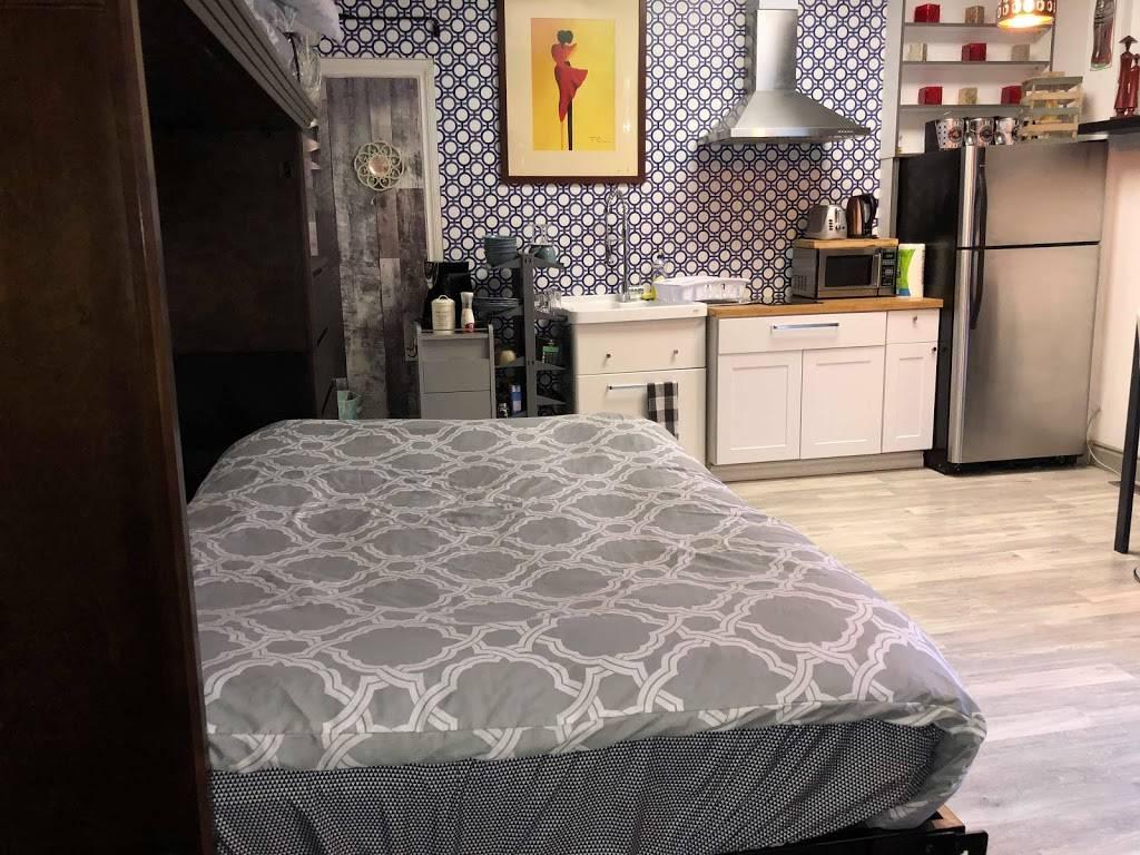 K&D Home Suites, Modern Furnished Rentals - lodging    Photo 2 of 9   Address: 1482 Wyandotte St E, Windsor, ON N9A 3K9, Canada   Phone: (226) 280-8706