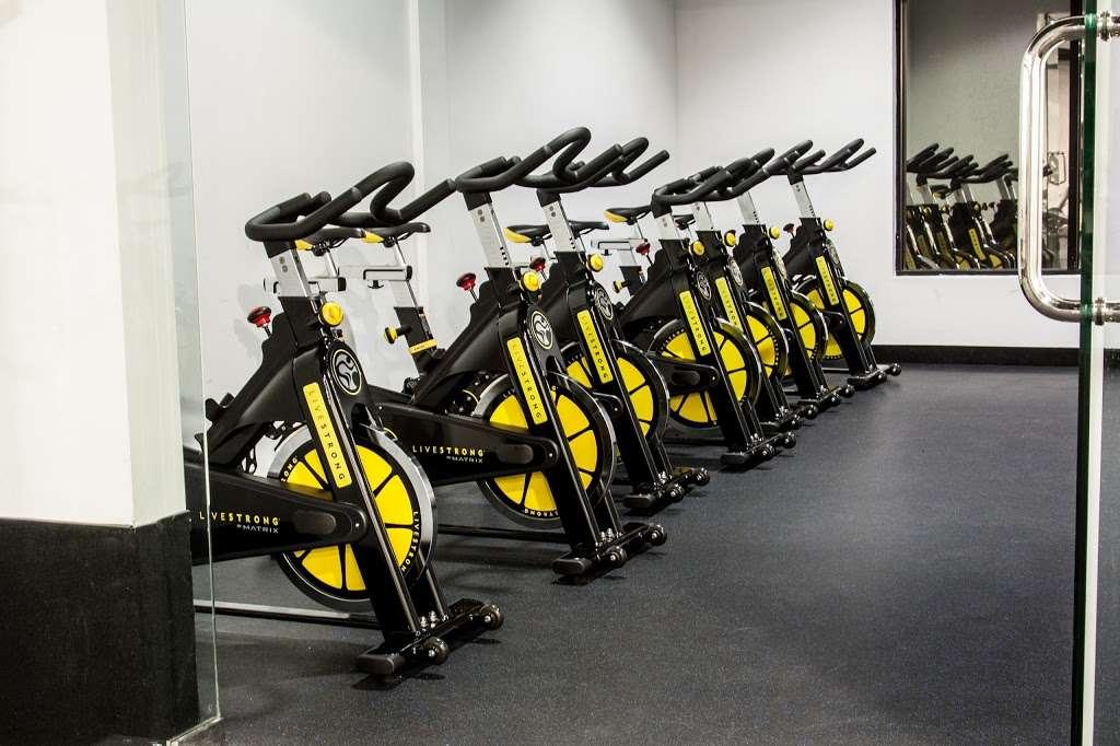 USA Fitness - Sylmar Super Center - gym  | Photo 7 of 10 | Address: 91324, 13640 Foothill Boulevard, Sylmar, CA 91342, USA | Phone: (818) 367-4653