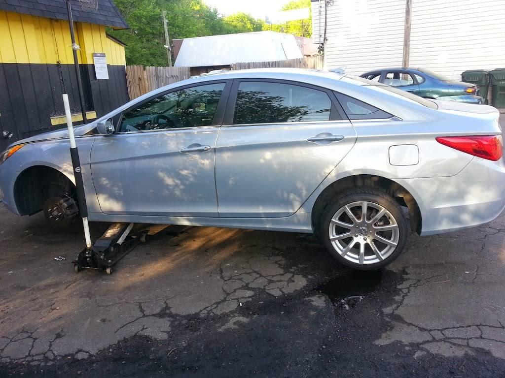 Used Tire Express - car repair  | Photo 8 of 10 | Address: 1788 Virginia Beach Blvd, Virginia Beach, VA 23454, USA | Phone: (757) 961-1244