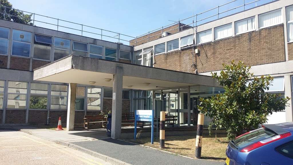 Orsett Hospital - hospital  | Photo 3 of 6 | Address: Rowley Rd, Orsett, Grays RM16 3EU, UK | Phone: 01268 524900