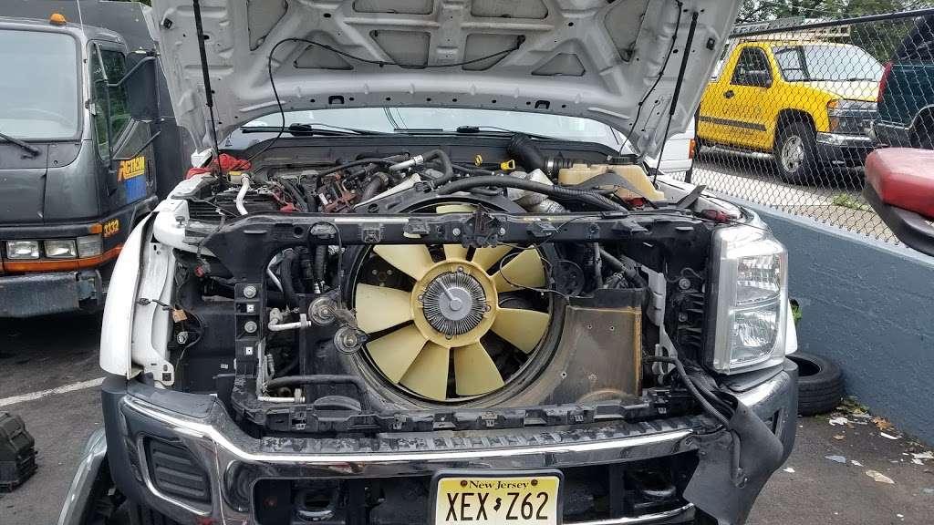 Dees JFK and Auto Service - car repair  | Photo 3 of 10 | Address: 3518, 19 Beach St, Bloomfield, NJ 07003, USA | Phone: (973) 748-8873