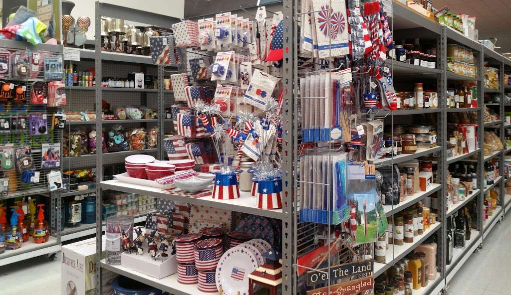 Tuesday Morning - home goods store  | Photo 1 of 10 | Address: 20740 Gulf Fwy, Webster, TX 77598, USA | Phone: (281) 332-8516