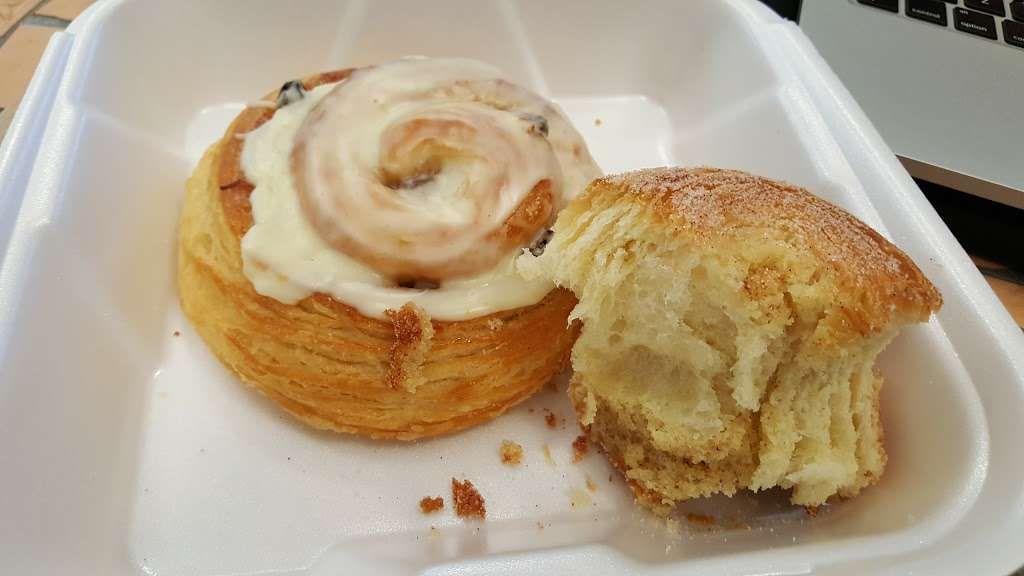 Bright Bear Bakery Plus - bakery  | Photo 8 of 10 | Address: 2620 Lakeville Hwy #350, Petaluma, CA 94954, USA | Phone: (707) 787-7411