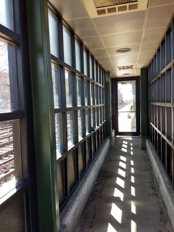 Ludlow - train station    Photo 5 of 10   Address: Yonkers, NY 10705, USA