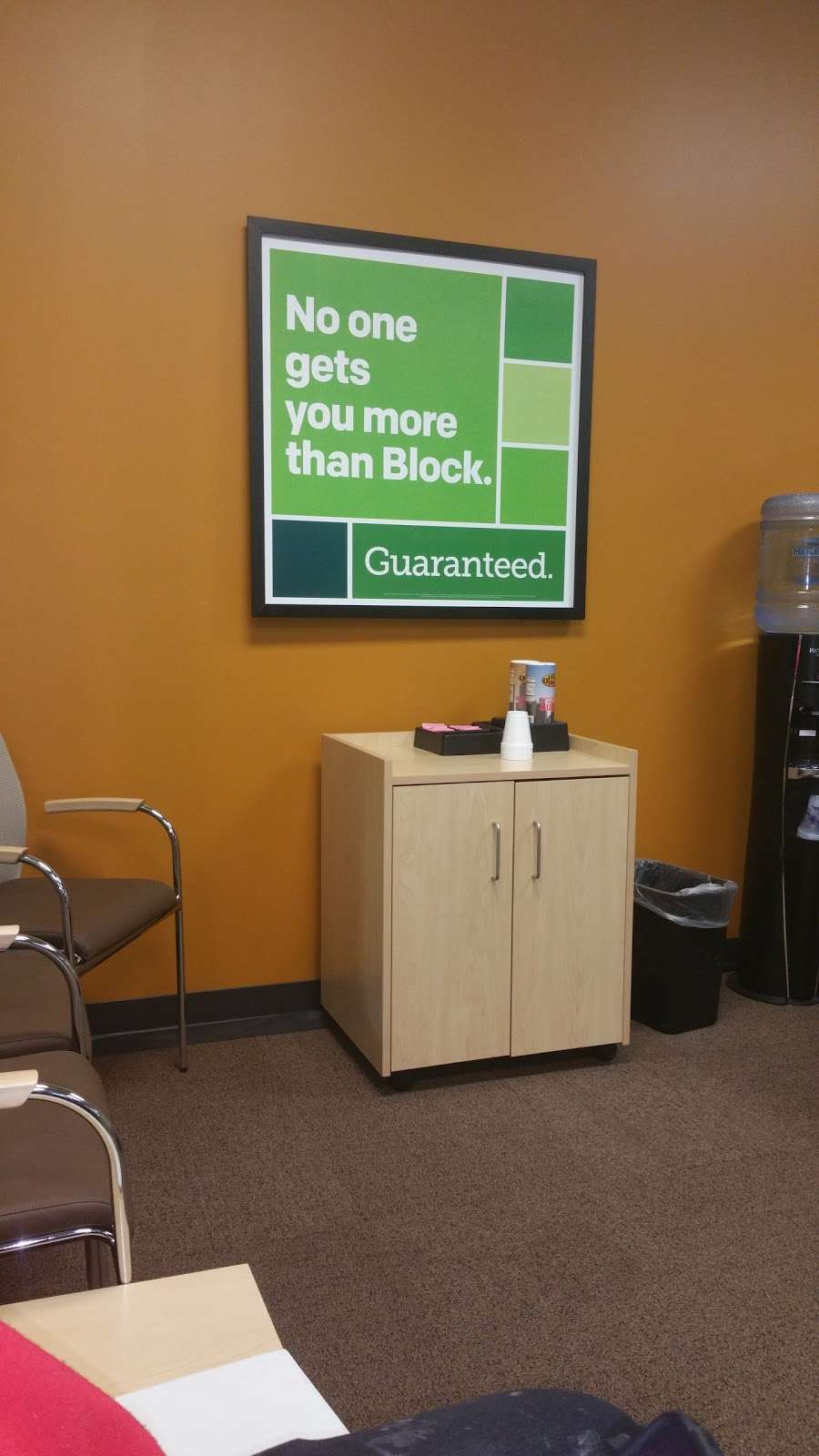 Glenlake Plaza - shopping mall  | Photo 4 of 10 | Address: 2599 E 65th St, Indianapolis, IN 46220, USA
