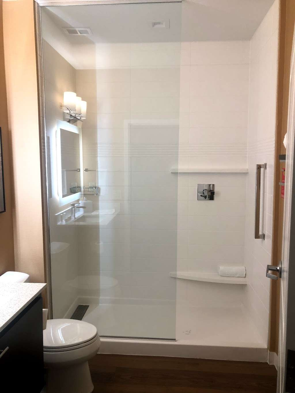 TownePlace Suites by Mariott - lodging  | Photo 3 of 4 | Address: 7238 Garth Rd, Baytown, TX 77521, USA | Phone: (281) 421-0020