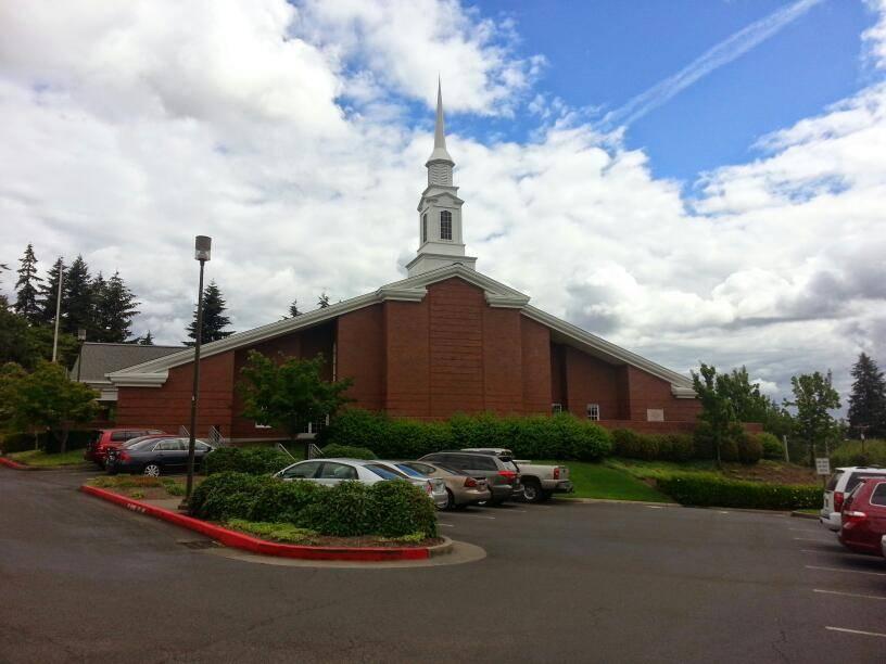 The Church of Jesus Christ of Latter-day Saints - Milwaukie Oreg - church  | Photo 2 of 10 | Address: 8331 Cason Rd, Gladstone, OR 97027, USA | Phone: (503) 722-8632