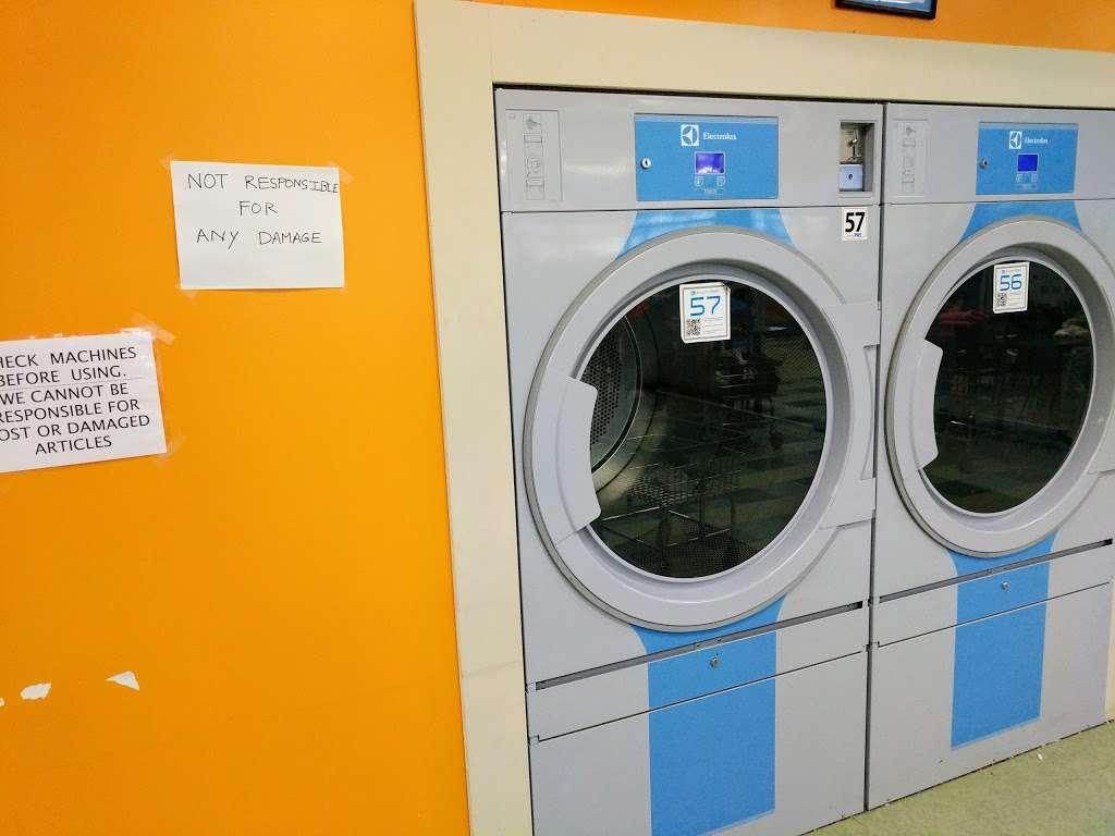 Truman Wash Tub - laundry  | Photo 5 of 10 | Address: 10215 E Truman Rd, Independence, MO 64052, USA | Phone: (816) 503-8593