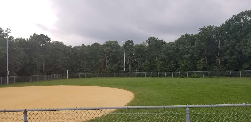 Veterans Park - park  | Photo 9 of 10 | Address: Old Bridge, NJ 08857, USA