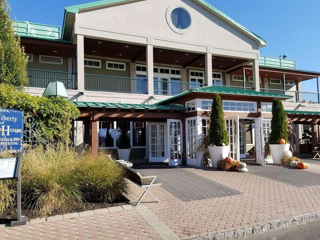 Liberty House Restaurant - restaurant  | Photo 3 of 10 | Address: 76 Audrey Zapp Dr, Jersey City, NJ 07305, USA | Phone: (201) 395-0300