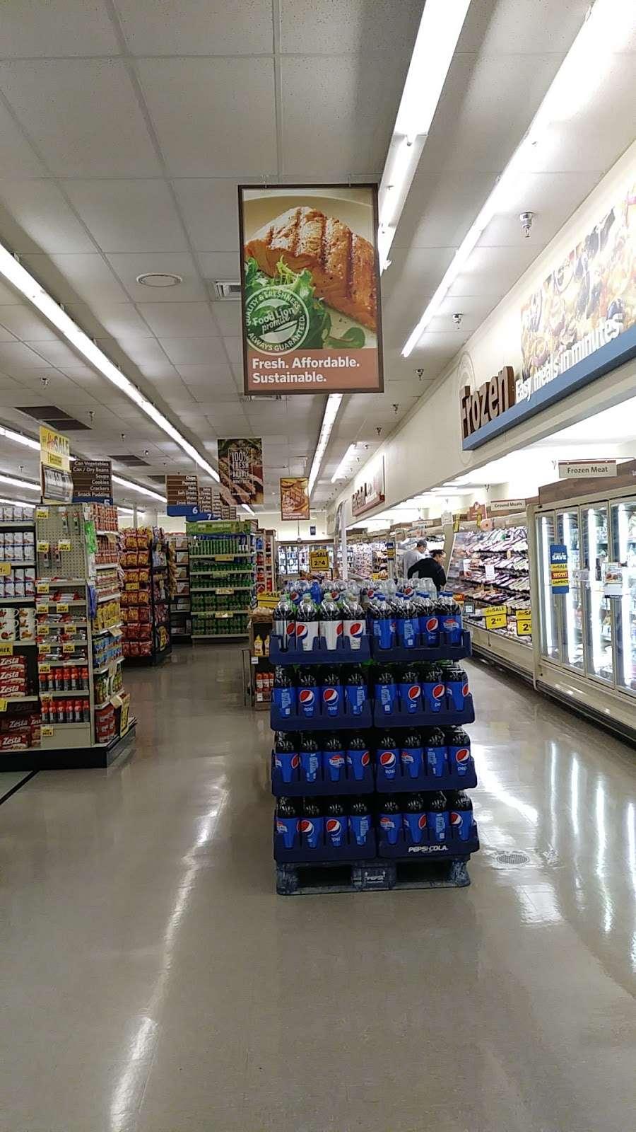 Food Lion - store  | Photo 2 of 10 | Address: 709 E McGregor St, Pageland, SC 29728, USA | Phone: (843) 672-7677