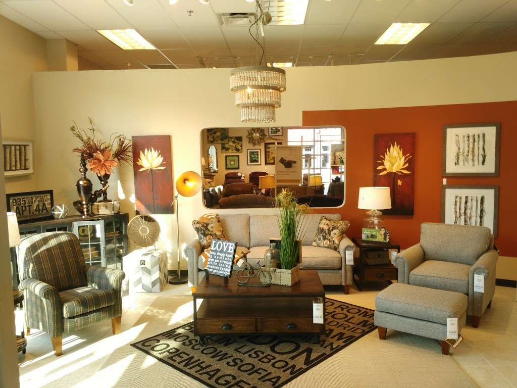 La Z Boy Home Furnishings Decor 9110 Rockville Rd Indianapolis In 46234 Usa