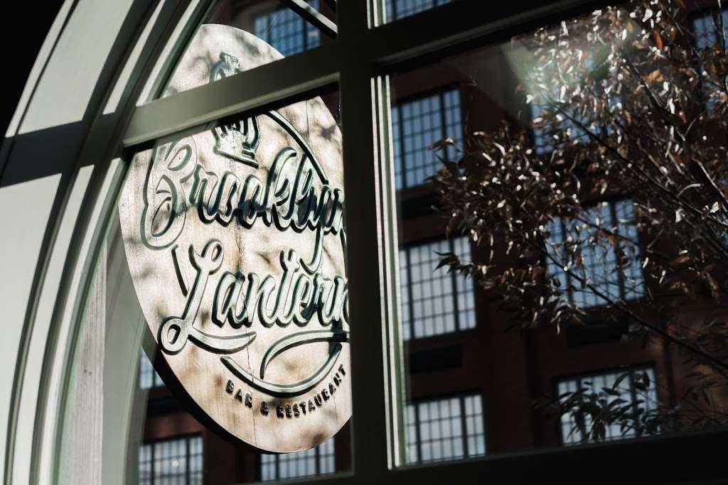 Brooklyn Lantern - restaurant  | Photo 8 of 10 | Address: 77 Box St, Brooklyn, NY 11222, USA | Phone: (718) 383-8200