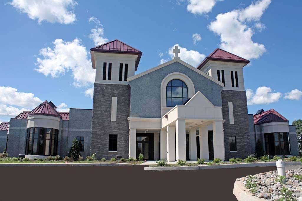 Holy Cross Cemetery & Mausoleum - cemetery  | Photo 4 of 10 | Address: 340 Ridge Rd, North Arlington, NJ 07031, USA | Phone: (201) 997-1900