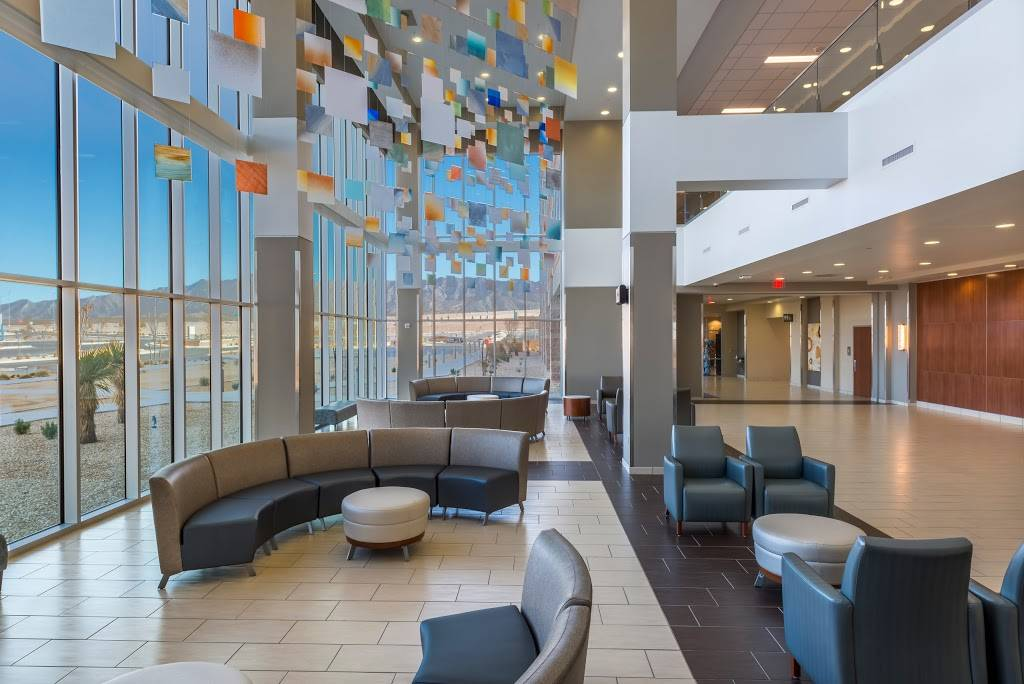 The Hospitals of Providence Transmountain Campus - hospital  | Photo 3 of 10 | Address: 2000 Woodrow Bean Transmountain Dr, El Paso, TX 79911, USA | Phone: (915) 877-8136