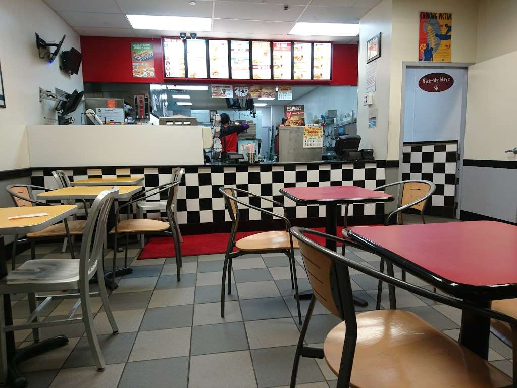 Checkers - restaurant  | Photo 2 of 10 | Address: 8345 Parsons Blvd, Jamaica, NY 11432, USA | Phone: (718) 291-4738