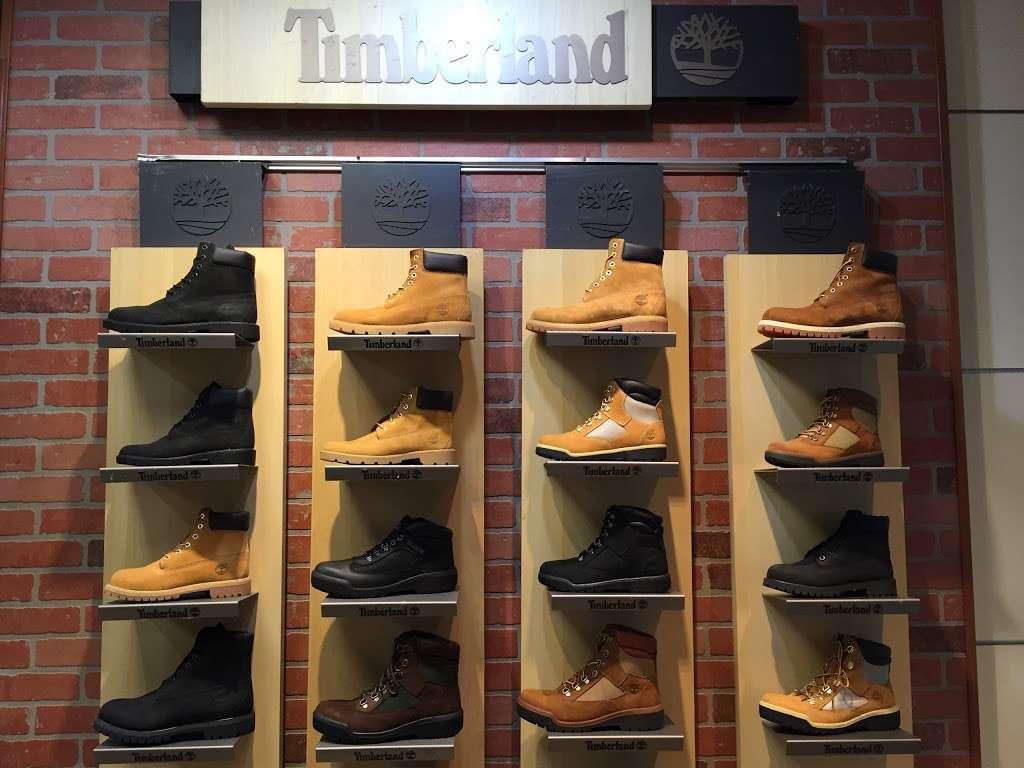 City Streets - shoe store  | Photo 7 of 9 | Address: 1127 Sunrise Hwy, Valley Stream, NY 11581, USA | Phone: (914) 848-4300