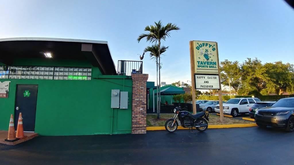 Duffys Tavern - restaurant  | Photo 8 of 9 | Address: 2108 SW 57th Ave, Miami, FL 33155, USA | Phone: (305) 264-6580