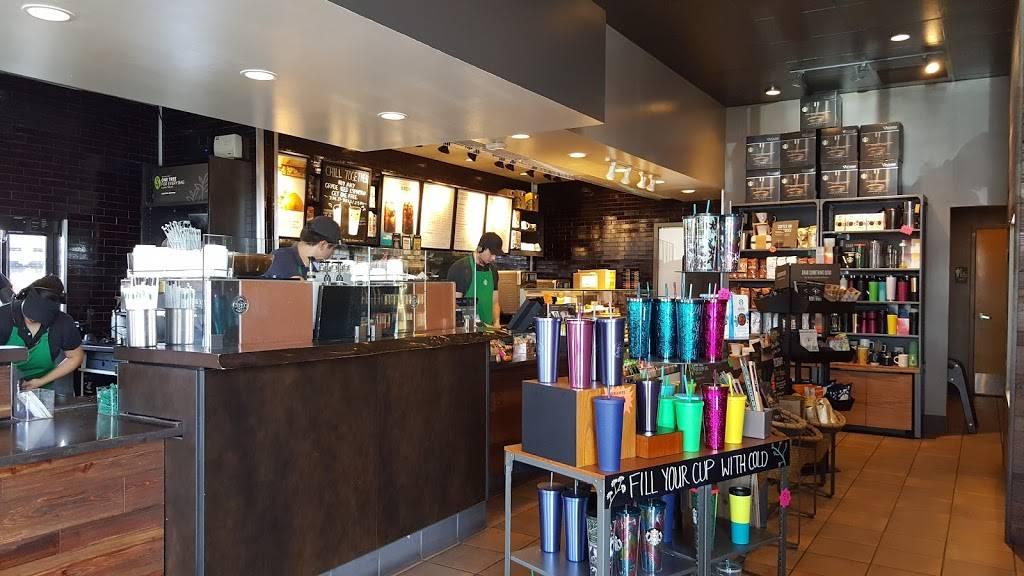 Starbucks - cafe  | Photo 4 of 9 | Address: 5650 N Desert Blvd A, El Paso, TX 79912, USA | Phone: (915) 833-9031