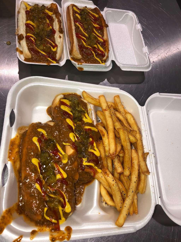 Chucks Coney Island - restaurant  | Photo 5 of 10 | Address: 2932 E 10th St, Indianapolis, IN 46201, USA | Phone: (317) 426-4945