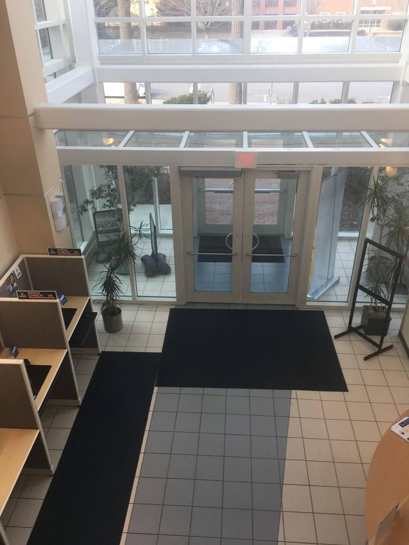 UNCG Gove Student Health Center - pharmacy  | Photo 4 of 8 | Address: 107 Gray Dr, Greensboro, NC 27412, USA | Phone: (336) 334-5340