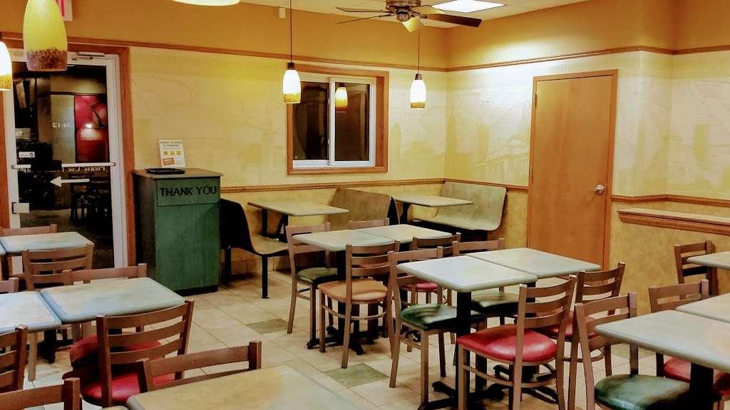 Subway Restaurants - restaurant  | Photo 3 of 10 | Address: 34-12 Broadway, Fair Lawn, NJ 07410, USA | Phone: (551) 224-8734