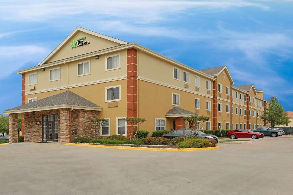 Extended Stay America - Dallas - DFW Airport N. - lodging  | Photo 1 of 10 | Address: 7825 Heathrow Dr, Irving, TX 75063, USA | Phone: (972) 929-3333