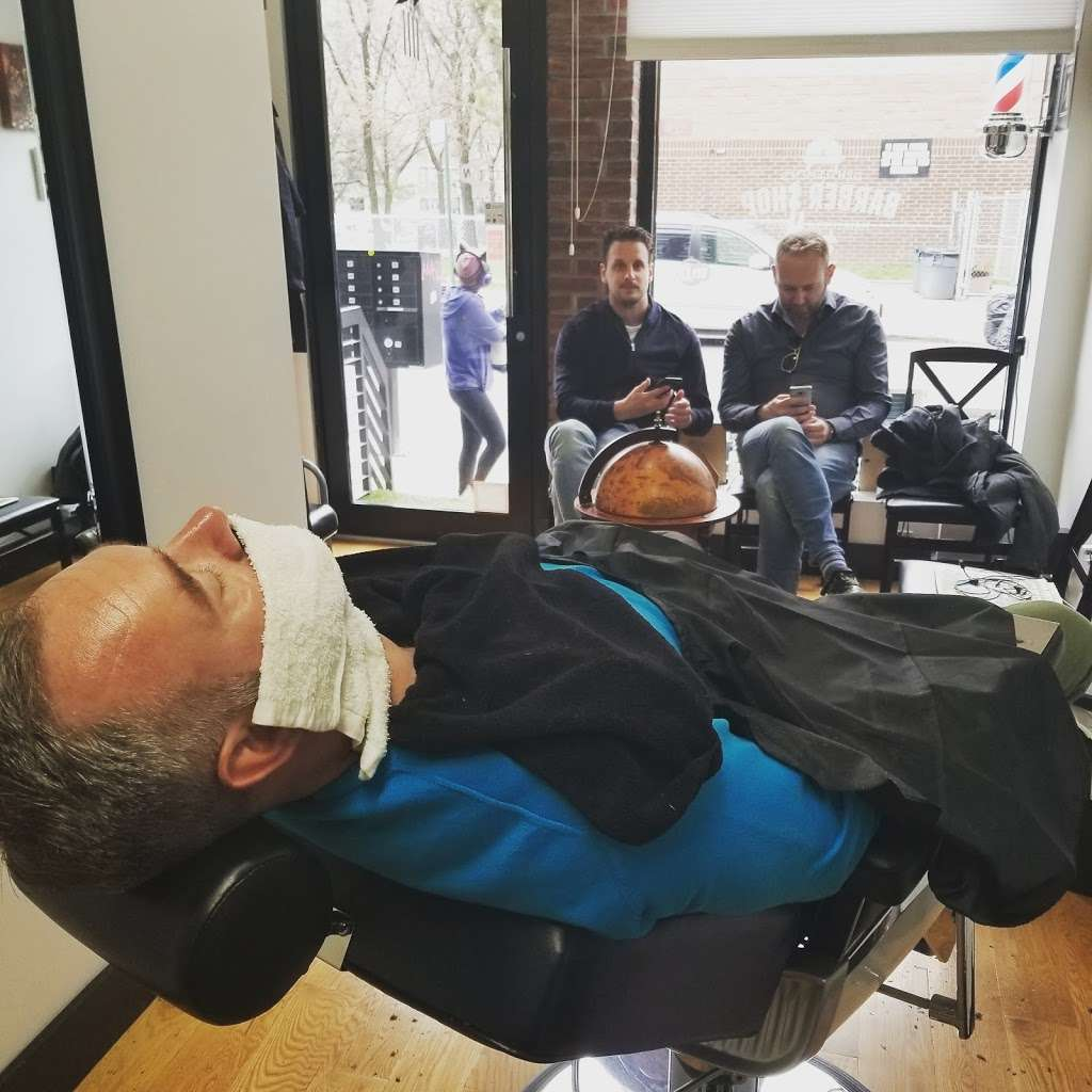 Gentlemens Barbershop - hair care  | Photo 4 of 10 | Address: 205 Johnson Ave, Brooklyn, NY 11206, USA | Phone: (917) 415-3266