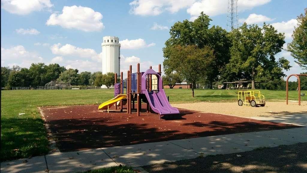 Tower Park - park  | Photo 7 of 10 | Address: 7500 Holmes Rd, Kansas City, MO 64131, USA | Phone: (816) 513-7500