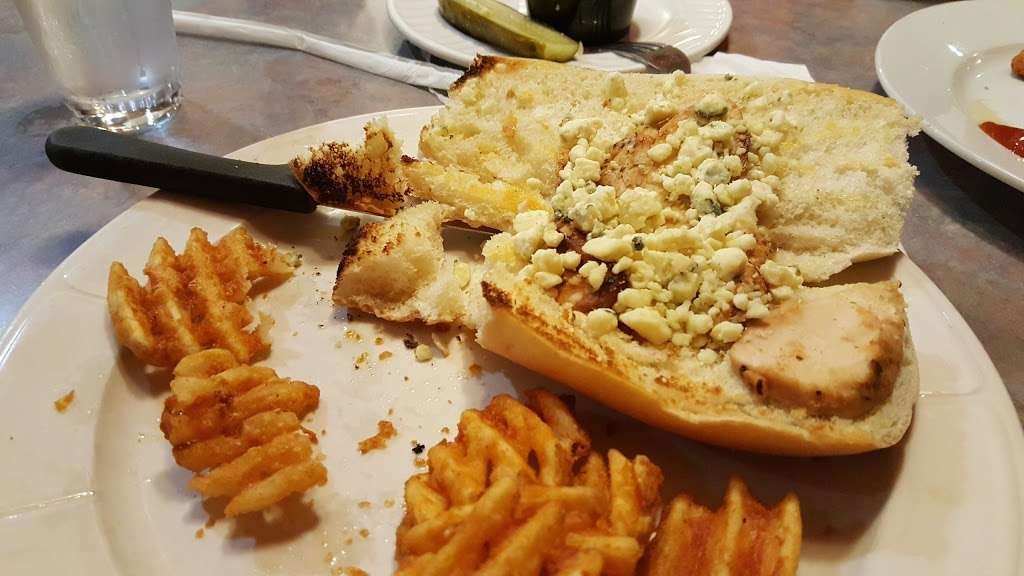 Pilgrim Diner Restaurant - restaurant    Photo 4 of 10   Address: 82 Pompton Ave, Cedar Grove, NJ 07009, USA   Phone: (973) 239-2900
