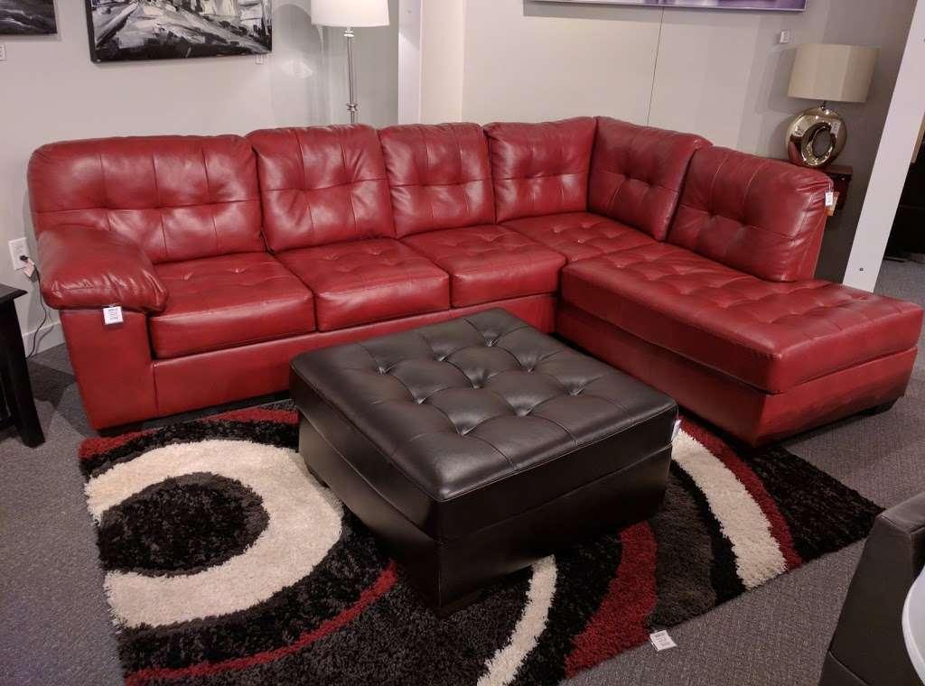 L Fish Furniture - furniture store    Photo 6 of 10   Address: 8401 E Washington St, Indianapolis, IN 46219, USA   Phone: (317) 897-8401