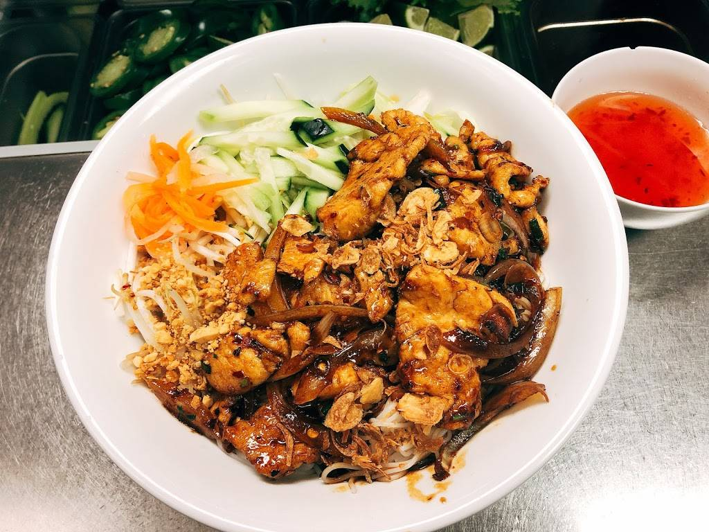 Pho Yen Phi - Authentic Vietnamese Cuisine - cafe  | Photo 4 of 9 | Address: 150 S Denton Tap Rd #112, Coppell, TX 75019, USA | Phone: (469) 312-3581