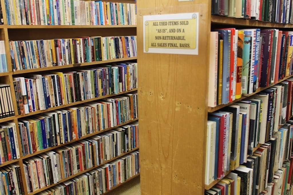 Clay Book Store - book store  | Photo 5 of 10 | Address: 2450 W Main St, Ephrata, PA 17522, USA | Phone: (717) 733-7253