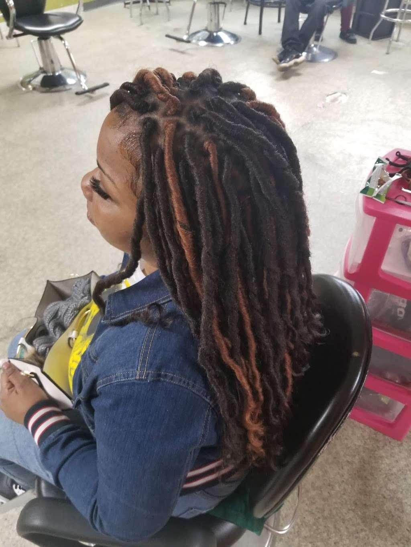 Lallas Braiding - hair care  | Photo 2 of 10 | Address: 5718 Aldine Bender Rd, Houston, TX 77032, USA | Phone: (281) 442-1331