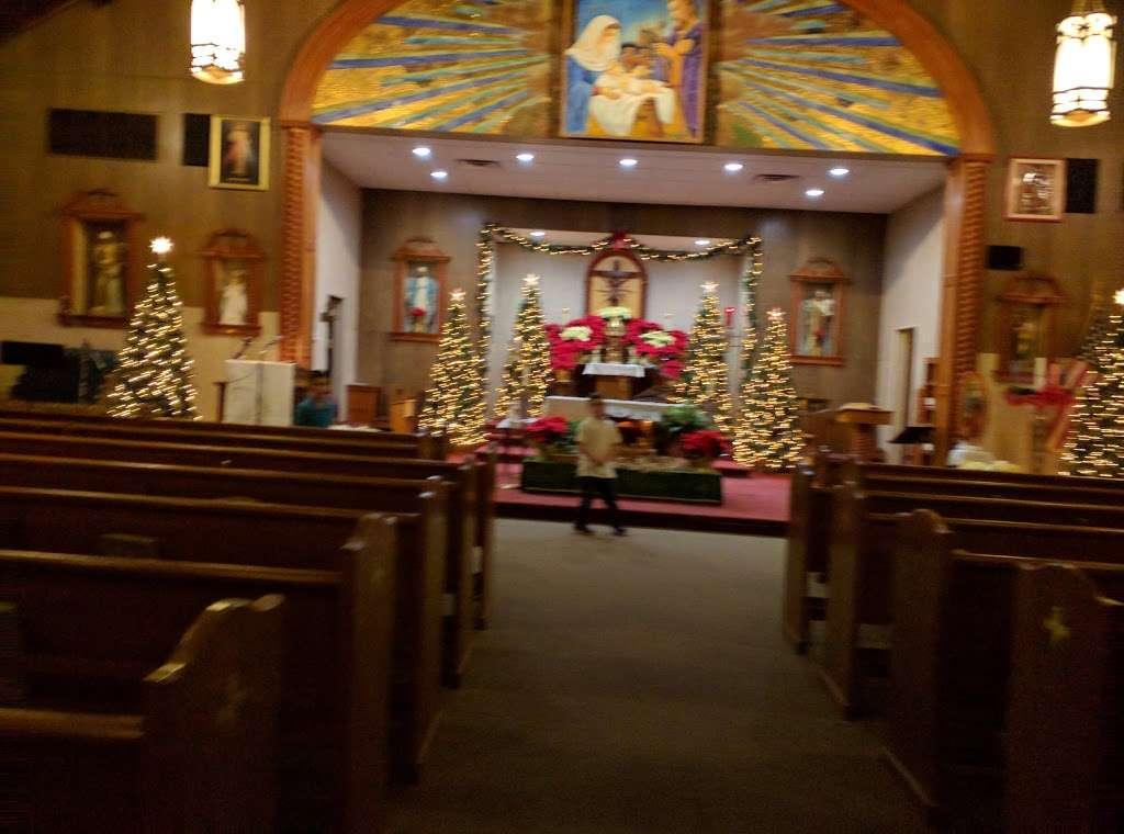 Holy Family Roman Catholic Church - church  | Photo 7 of 9 | Address: 210 Monroe St, Linden, NJ 07036, USA | Phone: (908) 862-1060
