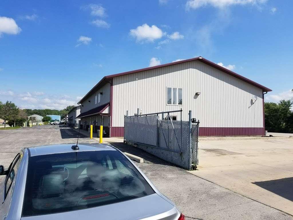 Shamrock Cartage Inc - moving company  | Photo 1 of 3 | Address: 760 Twin Rail Dr, Minooka, IL 60447, USA | Phone: (779) 205-3668