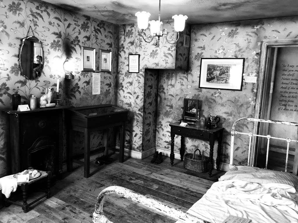 Jack The Ripper Museum - museum    Photo 6 of 10   Address: 12 Cable St, Whitechapel, London E1 8JG, UK   Phone: 020 7488 9811