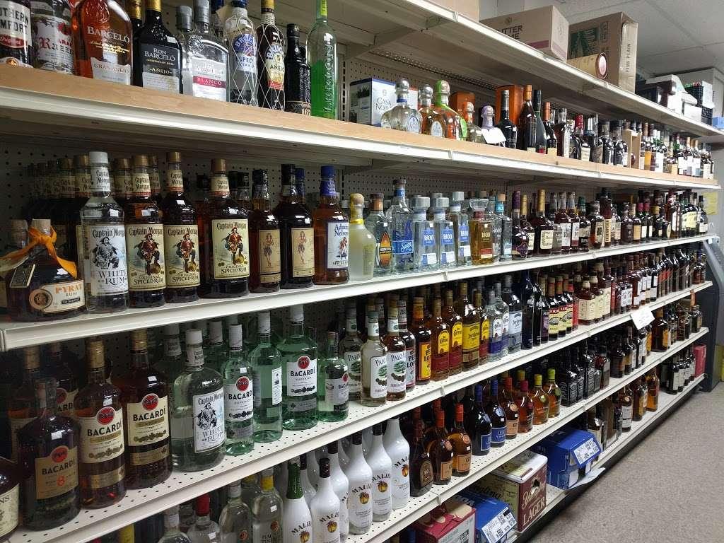 Quick Stop Food & Liquor - convenience store  | Photo 3 of 4 | Address: 93 S Main St, Lodi, NJ 07644, USA | Phone: (973) 574-7711