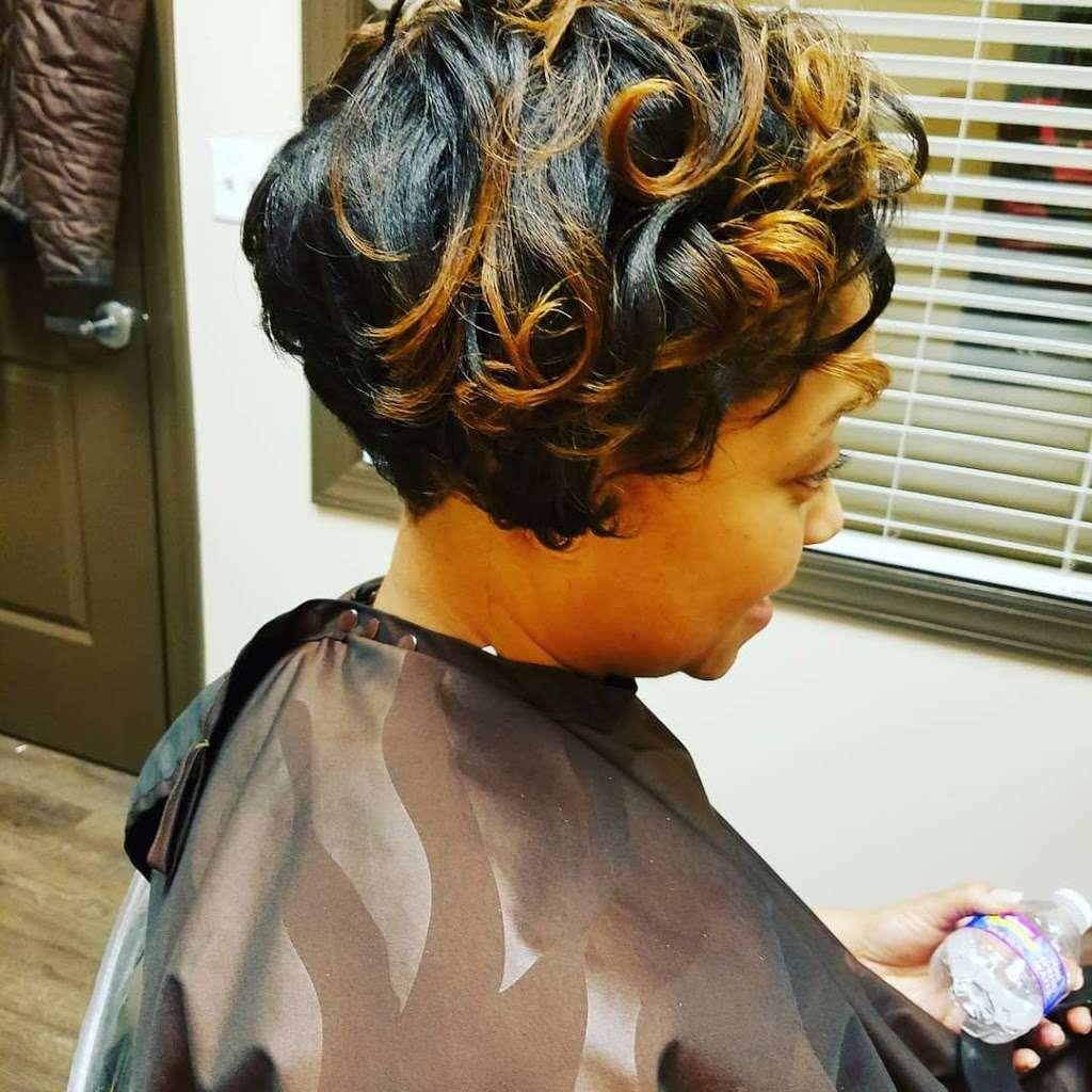 Salonbytt#11 - hair care  | Photo 7 of 10 | Address: 3865 Wilson Blvd suite 100#11, Arlington, VA 22203, USA | Phone: (703) 981-2677